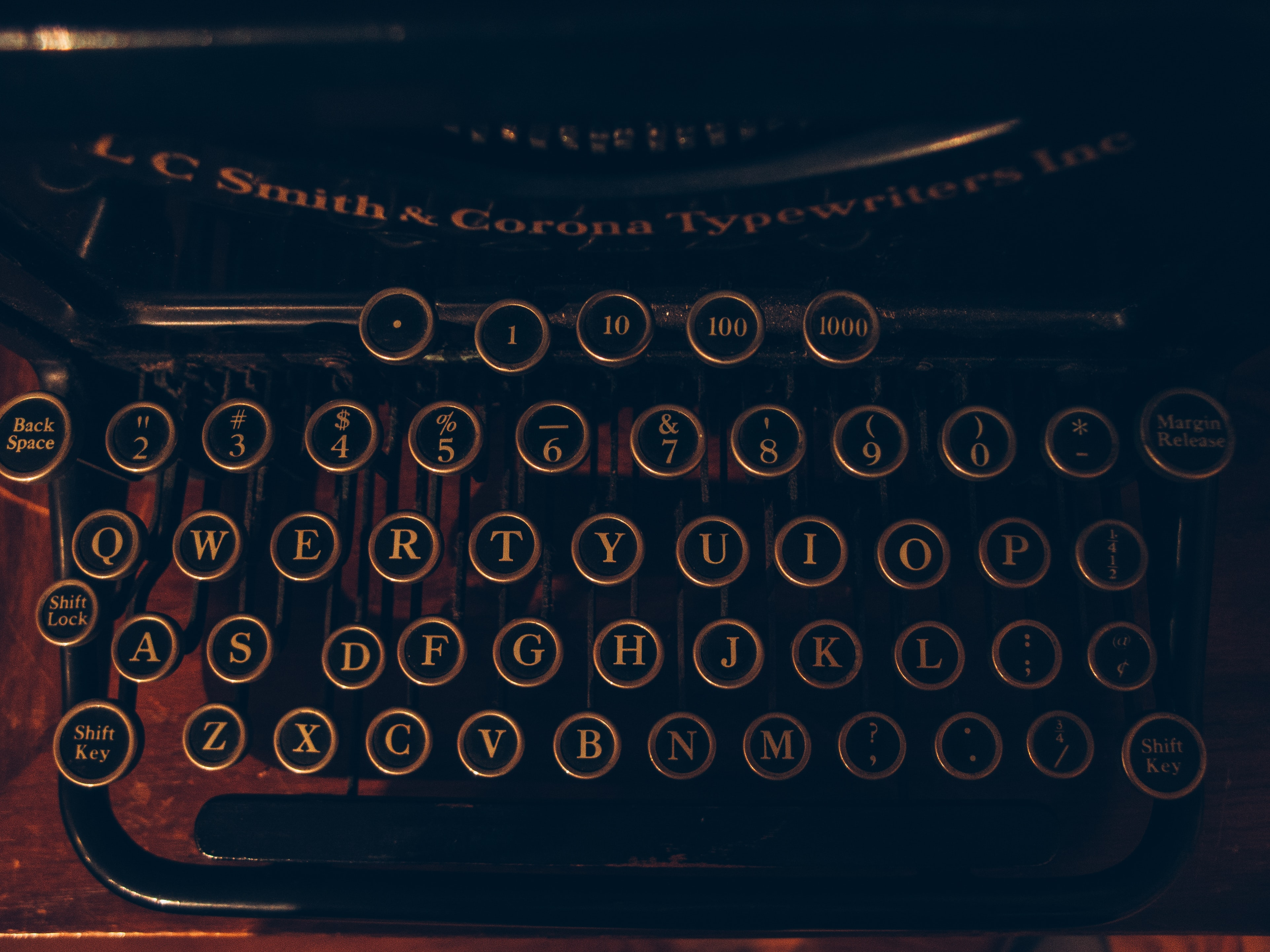 Despre lucrurile mici. De ce sunt importante diacriticele și virgulele?